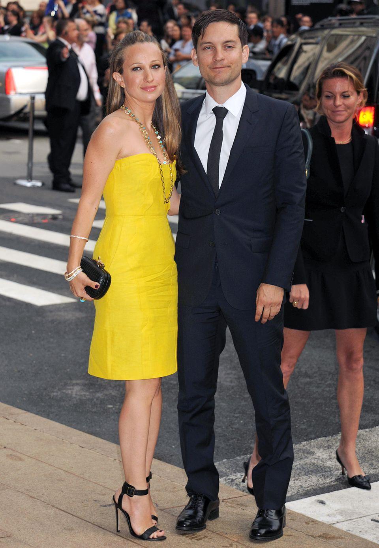 Tobey Maguires Frau Jennifer Meyer hat sich für sonniges Gelb entschieden.