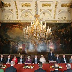 Die offizielle Abdankung von Königin Beatrix wird verlesen.