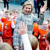 Prinzessin Máxima wird jubelnd empfangen.