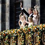 Catharina Amalia (l.) , die älteste Tochter von Willem-Alexander und Máxima, wird am heutigen Tag zur Prinzessin von Oranien.