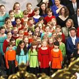 In der Nieuwe Kerk singt ein Kinderchor.