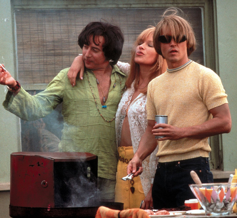 """Als Drogendealer im Film """"Blow"""" (2001) trägt Johnny gelben Strick und die typische Siebziger Jahre-Matte. Seine Freundin spielt in dem Film die Deutsche Franka Potente."""