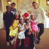 """Rapper P.Diddy hat bestimmt viele Geschenke zum Vatertag bekommen - bei dieser Kinderschar. Zumindest haben er und seine sechs Kinder ein """"royales Brunch"""" gefeiert, verriet er seinen Fans über Instagram."""