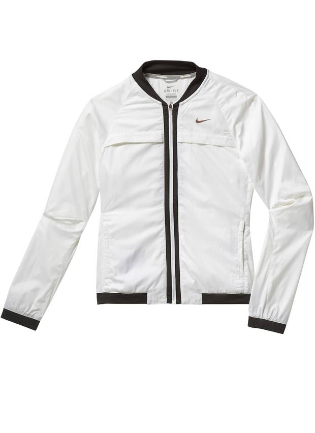 Cool und clean: weiße Jacke mit Kontrastblenden, von Nike, ca. 90 Euro.