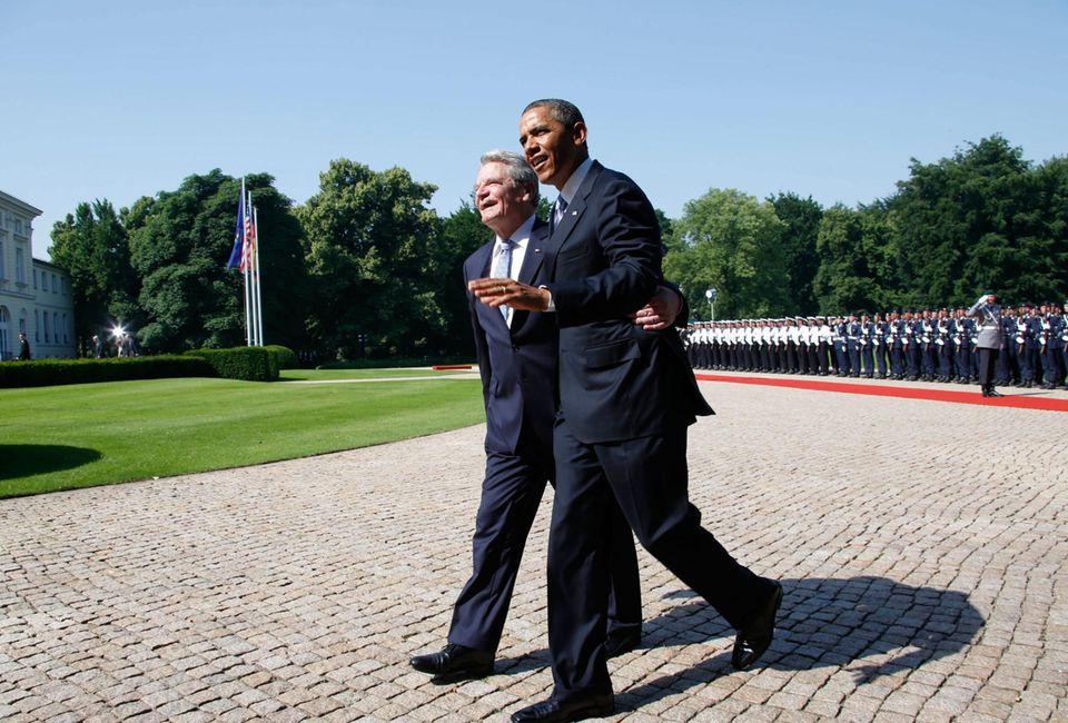 Joachim Gauck und Barack Obama starten beschwingt in den Tag.