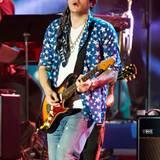 """John Mayer muss kurz beim """"Philly 4th of July Jam"""" in Philadelphia auftreten, dann kann er zurück zu Katy Perry und mit ihr gemeinsam feiern."""