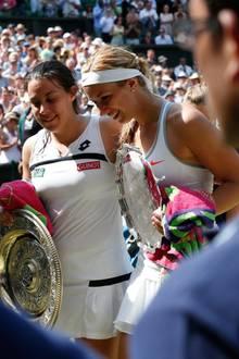 Sabine Lisicki muss sich im Finale der Französin Marion Bartoli geschlagen geben. Nach ein paar Tränen kann die Deutsche Wimbledon-Überraschung aber schon wieder lachen.