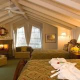 """Berühmte Hotelbesitzer: Eastwood hat eine alte Ranch aus dem 18. Jahrhundert ins """"Mission Ranch Hotel"""" mit 31 Zimmern verwandelt. Doppelzimmerpreise starten bei 92 Euro."""