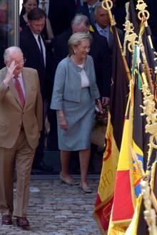 Das Königspaar wird offiziell in Lüttich empfangen.