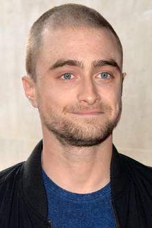 """Gestatten: Harry """"Haarlos"""" Potter! Schauspieler Daniel Radcliffe ist ohne Haare im ersten Moment gar nicht wiederzuerkennen."""