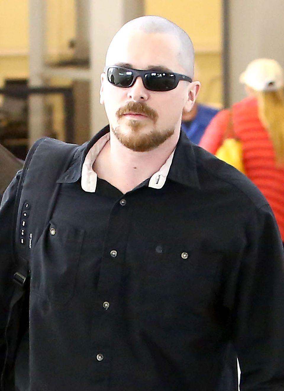 Christian Bale nimmt für Rollen einiges auf sich. Nicht nur Radikaldiäten, sondern auch den haarmäßigen Kahlschlag.