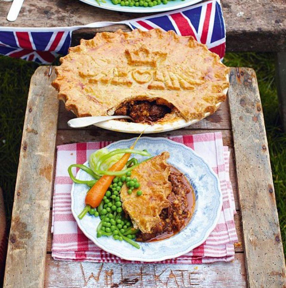 """Starkoch Jamie Oliver hat für William und Kate einen """"Baby Pie"""" gebacken."""