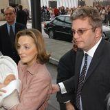 2004: Ganz Belgien freut sich über die Geburt von Prinzessin Louise, der ersten Tochter von Prinz Laurent und seiner Frau Claire.