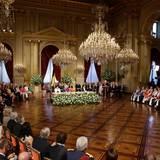 König Albert II hält seine Abdankungsrede im Königspalast.