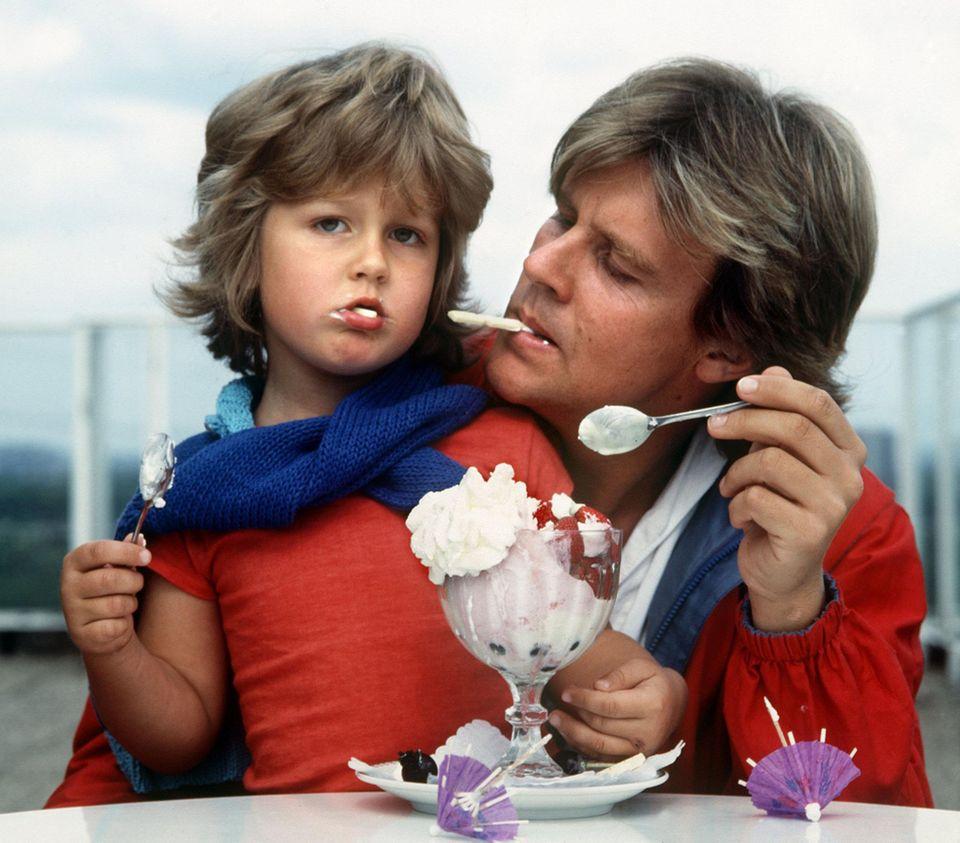 1981 haben sich Wayne und Howard Carpendale noch ein Eis geteilt.
