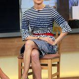"""Im Gebiet """"optimale Farbabstimmung"""" verdient Diane mit diesem Outfit eine klasse Eins. Besonders schön: Das knallige Neongelb des Kleides greift sie mit ihren High-Heels wieder auf."""
