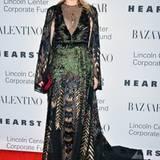 Diane Kruger bezaubert in fedriger Abendrobe, natürlich von Valentino.