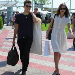 Keira Knightley hat mit ihrem Mann James Righton ihren persönlichen Kleiderträger.