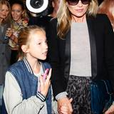 Mutter-Tochter-Tag: Kate Moss besucht mit ihrer Tochter Lila Grace die Unique-Show im Topshop Show Space