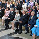Zu den Gästen zählen auch Königin Margrethe von Dänemark mit Prinz Henrik und König Harald von Norwegen mit Königin Sonja (v.r.).