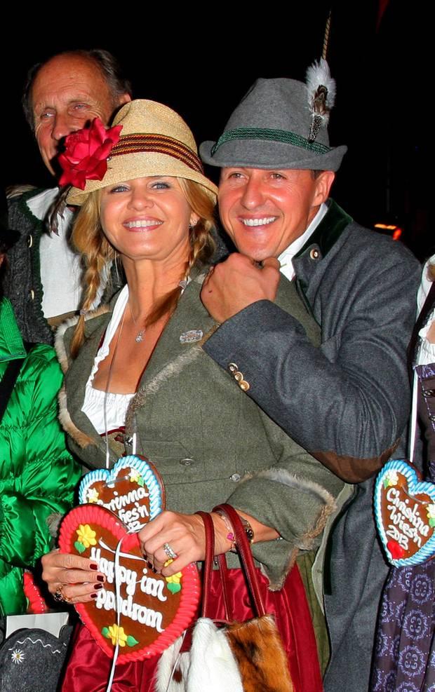 Michael Schumacher und seine Frau Corinna feiern im Hippodrom.