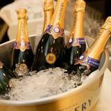 Der Champagner von Pommery sorgt für die richtige Stimmung.