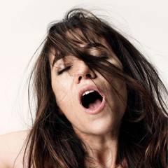 """Charlotte Gainsbourg spielt """"Joe"""", eine selbsternannte Nymphomanin, die einem fremden älteren Herrn ihre Lebensgeschichte erzählt."""
