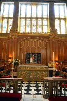 Die Taufe findet im kleinen Kreis in der Chapel Royal statt.