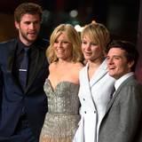 """Die zweite Station ihrer Premierentour heißt für die """"Hunger Games""""-Darsteller Liam Hemsworth, Elizabeth Banks, Jennifer Lawrence und Josh Hutcherson Berlin."""