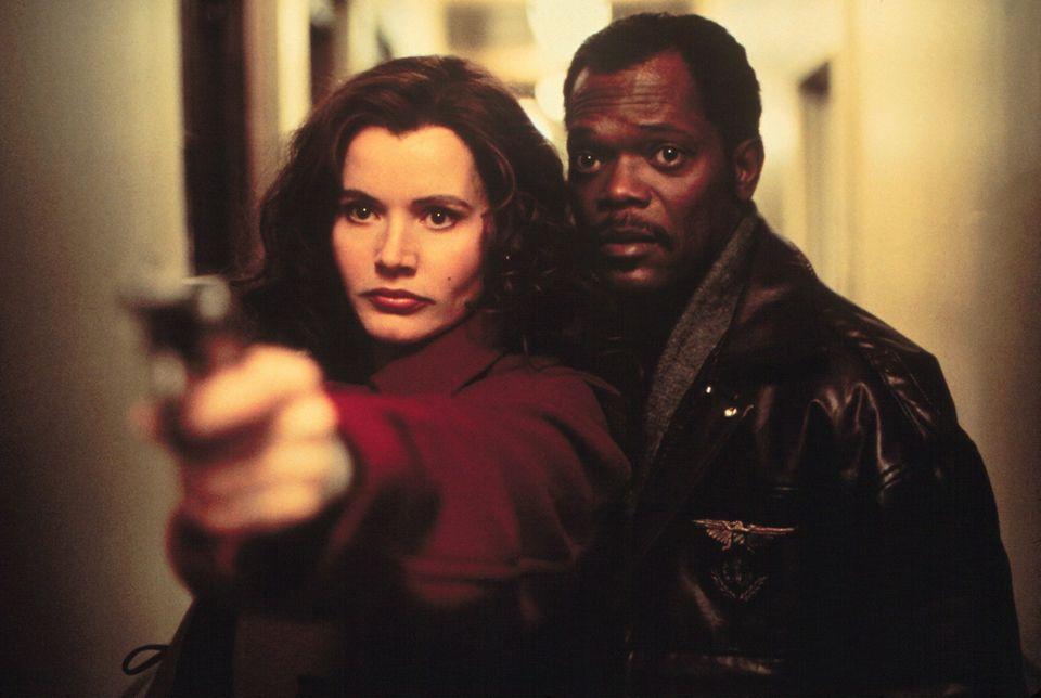 """""""Tödliche Weihnachten""""  """"The Long Kiss Goodnight"""" mit Geena Davis und Samuel L. Jackson ist ein Action-Weihnachtsklassiker aus dem Jahr 1996."""