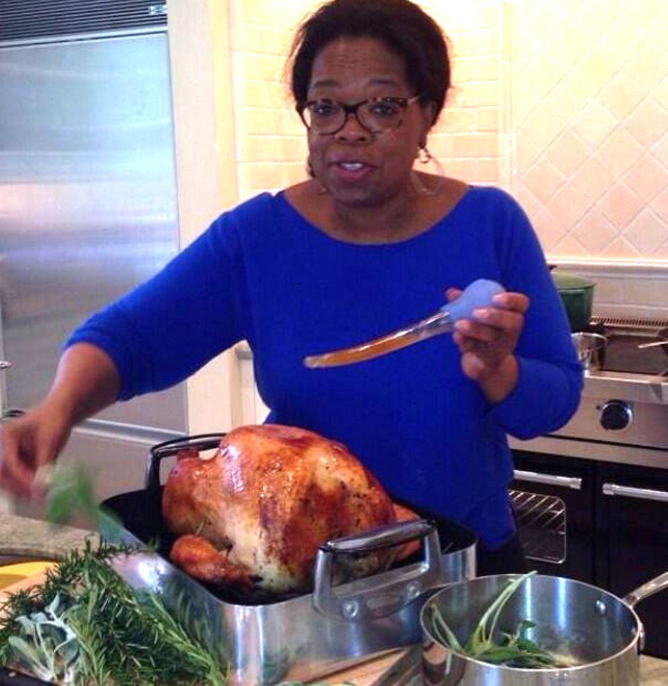 Oprah WInfrey lässt ihren Truthahn drei Stunden brutzeln.
