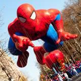 """In New York findet die jährliche """"Macy's Thanksgiving Day Parade"""" statt."""