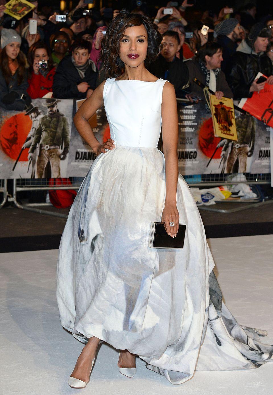 """Bei der London-Premiere ihres Welterfolges """"Django"""" trägt Kerry Washington ein Abendkleid mit bedrucktem Ballonrock von Giles."""