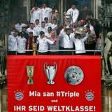 2. Juni 2013: Der FC Bayern München schreibt Geschchte: zum ersten Mal ist es einer deutschen Mannschaft gelungen, die deutsche Meisterschaft, die Champions League und den DFB Pokal zu gewinnen.