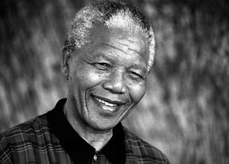 5. Dezember: Nelson Mandela (95 Jahre)  Der Friedensnobelpreisträger und Anti-Apartheid-Kämpfer ist in seinem Haus in Johannesburg gestorben. Er hatte seit Langem mit einer Lungenerkrankung zu kämpfen.