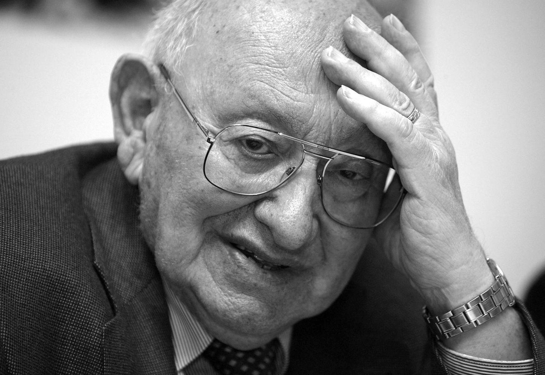 18. September: Marcel Reich-Ranicki (93 Jahre)  Mit Marcel Reich-Ranicki ist der einer der einflussreichsten deutschsprachigen Literaturkritiker verstorben.