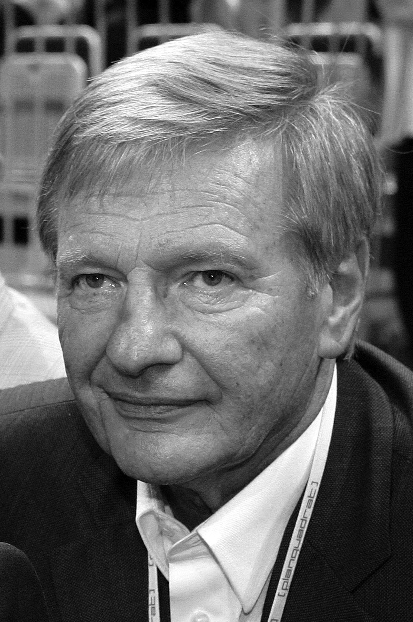 30. November: Peter Graf (75 Jahre)  Nach wochenlangem Krankenhausaufenthalt erliegt Peter Graf im Alter von 75 Jahren dem Bauchspeicheldrüsenkrebs.