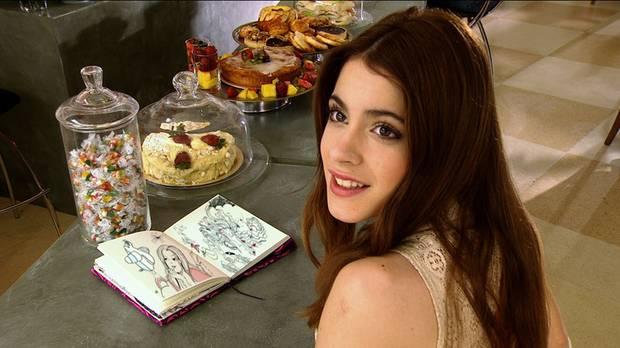 """Die Telenovela """"Violetta"""" startet im Mai 2014 in Deutschland auf dem Disney-Channel. Die Haptrolle spielt die argentinische Schauspielerin Martina Stoessel."""