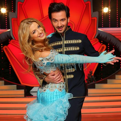 Auch mit dabei ist Susan Sideropoulos, die versuchen wird mit Tanzpartner Stefano Terrazzino das Finale am 21. Dezmber zu erreichen.