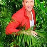 """Die meisten kennen ihn wohl als Moderatoren von """"Ruck Zuck"""", doch Jochen Bendel ist auch ein bekannter Werbesprecher. Der furchtlose Moderator verrät vorab: """"Ich habe keine Angst vor wilden Tieren, auch Körpergeruch ist mir nicht fremd.""""    Alle Infos zu """"Ich bin ein Star - Holt mich hier raus!"""" im Special bei RTL.de: http://www.rtl.de/cms/sendungen/ich-bin-ein-star.html"""