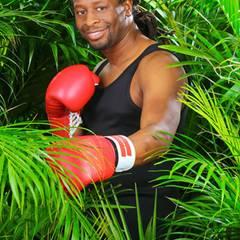"""Mola Adebisi hat sich besonders körperlich gut auf das Dschungelcamp vorbereitet. Der Ex-Viva-Moderator ist ein begeisterter Boxer.    Alle Infos zu """"Ich bin ein Star - Holt mich hier raus!"""" im Special bei RTL.de: http://www.rtl.de/cms/sendungen/ich-bin-ein-star.html"""