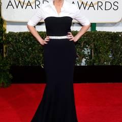 Zeitlos schön lächelte Julia Roberts in einem Bandeaukleid mit Bluse und Glitzergürtel von Dolce&Gabbana den Fotografen entgegen.