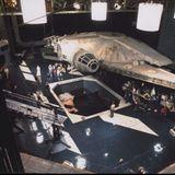 So sah es aus, wenn eine Filmcrew in den Siebziger Jahren Raumschiff-Szenen drehte.