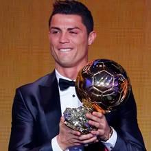 Cristiano Ronaldo mit dem goldenen Ball