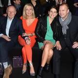 Paare in der ersten Reihe: Axel and Judith Milberg und Marie-Jeanette und Heino Ferch sind gut gelaunt zur Show von Laurèl gekommen.