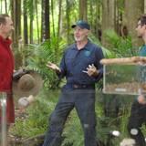 """Tag 11  Von den Bewohnern auserkoren: Jochen Bendel wird von Dr. Bob auf die Dschungelprüfung vorbereitet. Alle Infos zu """"Ich bin ein Star - Holt mich hier raus!"""" im Special bei RTL.de: http://www.rtl.de/cms/sendungen/ich-bin-ein-star.html"""