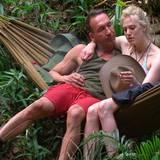 """Tag 6  Jochen nimmt sich Zeit für Larissa und muntert die Österreicherin wieder auf. Alle Infos zu """"Ich bin ein Star - Holt mich hier raus!"""" im Special bei RTL.de: http://www.rtl.de/cms/sendungen/ich-bin-ein-star.html"""
