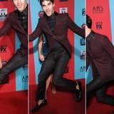 """Zur Premiere von """"American Horror Story"""" erlaubt sich Darren Criss einen Scherz mit Lea Michelle."""