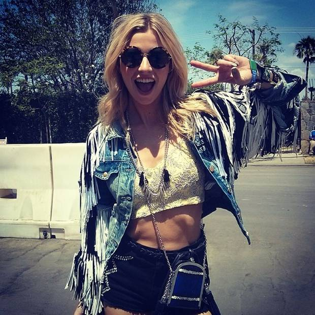 Auch Lena Gercke besucht das Coachella Festival.