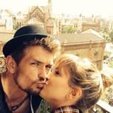 Mai 2014  Schauspielerin Isabell Horn ist frisch verliebt und macht mit ihrem neuen Freund einen Ausflug nach Barcelona.